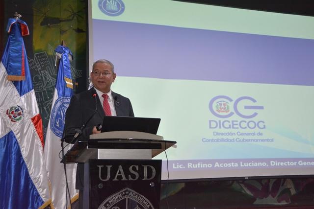 Dictan en la UASD conferencia sobre contabilidad gubernamental