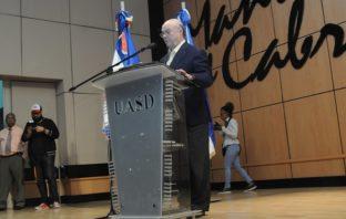 Hipólito Mejía llama a enfrentar la violencia, el crimen y la inseguridad ciudadana.