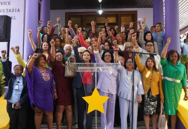 Cristina Lizardo exhora a las mujeres a participar sin temores en la política