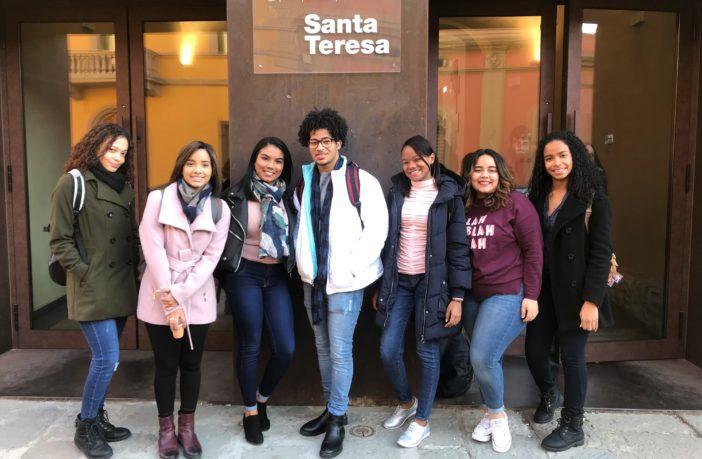 Estudiantes que participaron del intercambio con la universidad Italiana