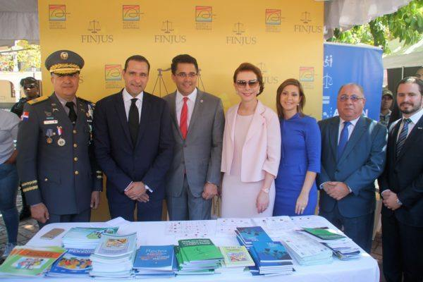 Organizaciones públicas y privadas se comprometen a emprender acciones contra el crimen y la violencia