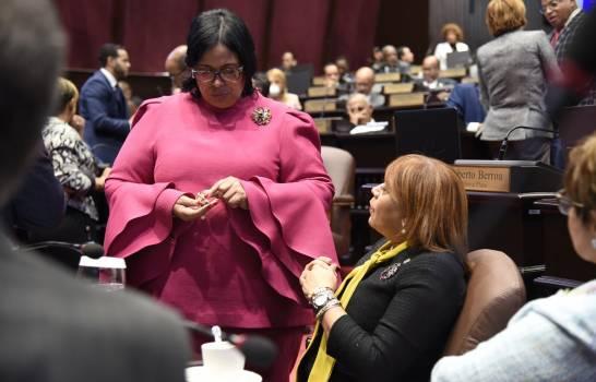 Ley Electoral dificulta que mujeres puedan ser electas en cargos políticos