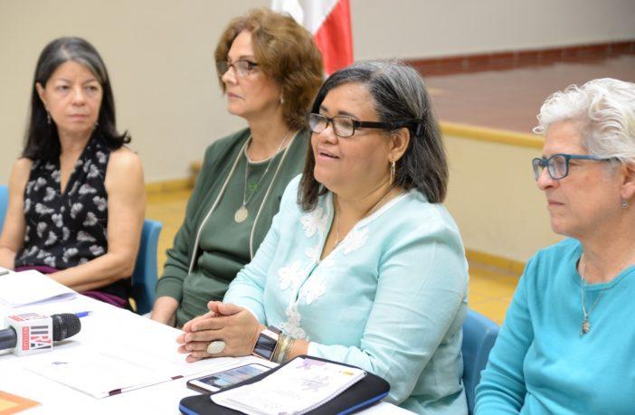 Lourdes Meireles, Lourdes Contreras, Desiree Del Rosario y Denisse Paiewonsky