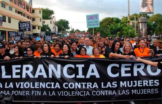 Mujeres celebran avances, pero citan derechos que siguen pendientes