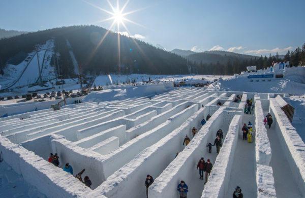 Snowland- Laberinto de nieve mas grande del mundo