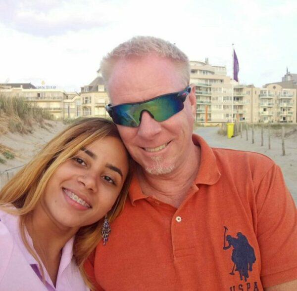 Jennifer Joaquín de Van Tinteren y su marido