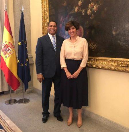 Director de la ONDA se reúne con directora de Industrias Creativas y del Libro de España