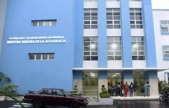 Dan de alta médica a siamesas nacidas en la maternidad La Altagracia