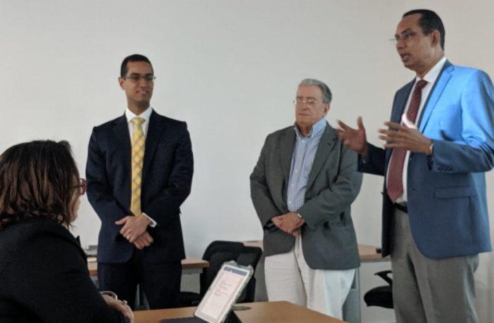 Rector de la UFHEC presenta maestría
