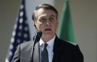 El presidente de Brasil Jair Bolsonaro