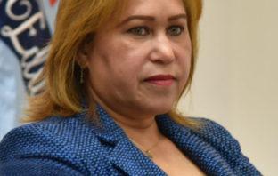 La viceministra de Asuntos Técnicos y Pedagógicos, Denia Burgos