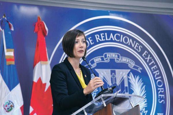 Shauna Hemingway, embajadora de Canadá en Dominicana.