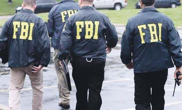 El FBI dice que los supremacistas blancos están tras la mayoría de los incidentes violentos con tintes racistas