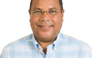 Roquelito García